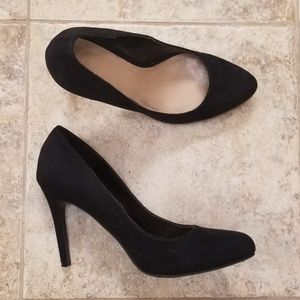 Lauren Conrad Great Condition Black Soft Heels